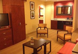 Room - Courtyard by Marriott Hotel Mankato