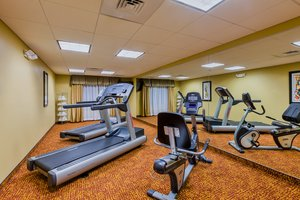 Fitness/ Exercise Room - Holiday Inn Express Hotel & Suites Salina