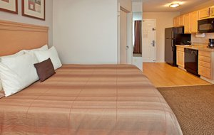Room - Candlewood Suites Junction City
