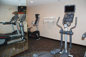 Fitness/ Exercise Room - Holiday Inn Express Hotel & Suites Hill City