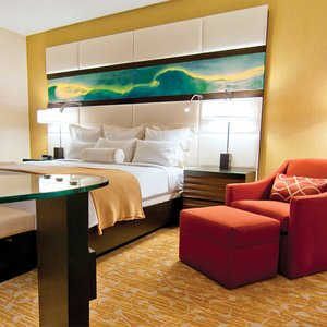 Room - LA Hotel Downtown