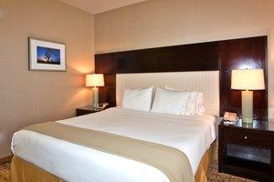 Room - Holiday Inn Express Hotel & Suites I-215 Las Vegas