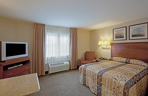 Room - Candlewood Suites West Springfield