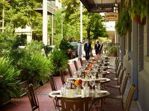 Restaurant - Omni Riverfront Hotel New Orleans