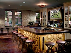 Bar - Omni Riverfront Hotel New Orleans
