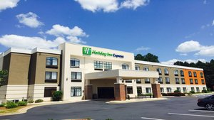 Exterior view - Holiday Inn Express Madison