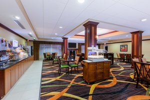 Restaurant - Holiday Inn Express Hotel & Suites Salina