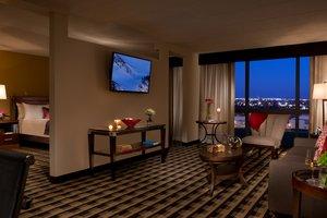 Suite - Millennium Buffalo Airport Hotel Cheektowaga