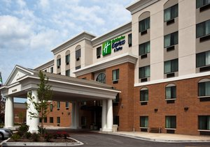Exterior View Holiday Inn Express Hotel Suites Hillside
