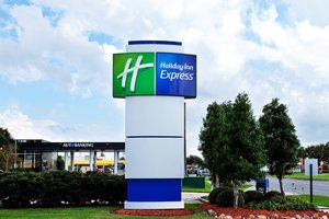 Exterior view - Holiday Inn Express Harvey
