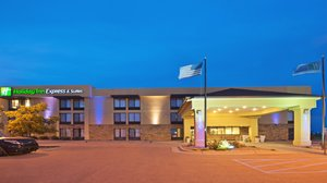Exterior view - Holiday Inn Express Hotel & Suites Colby