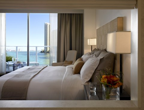 Waterview King Room