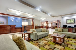 Lobby - Holiday Inn Express Hotel & Suites Cut Off