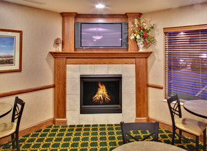 Restaurant - Holiday Inn Express Hotel & Suites Brookings