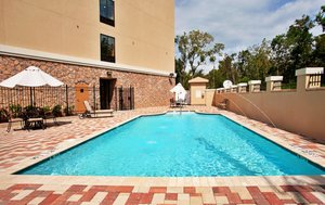 Pool - Holiday Inn Express Hotel & Suites LaPlace