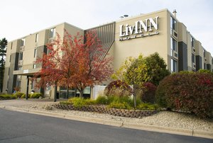 Exterior view - LivInn Hotel Maplewood