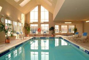 Pool - Residence Inn by Marriott Airport Toronto