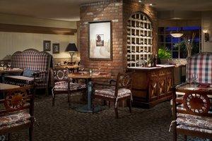 Restaurant - Sheraton Hotel Red Deer