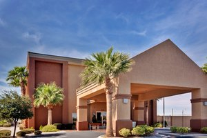 Exterior view - Holiday Inn Express Nellis AFB Las Vegas