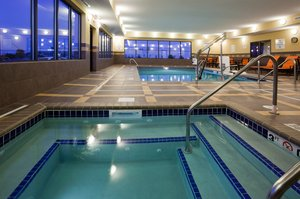 Pool - Holiday Inn Express Hotel & Suites Fort Dodge