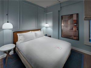 Room - Axiom Hotel San Francisco