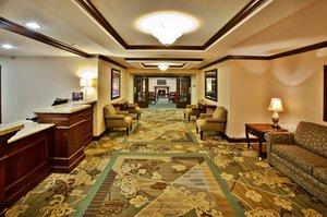 Lobby - Holiday Inn Express Hotel & Suites Altoona