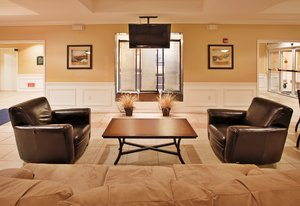 Lobby - Holiday Inn Express Hotel & Suites Airport Wichita
