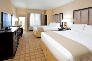 Room - Holiday Inn Express Hotel & Suites Brighton