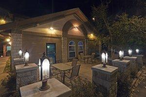 Lobby - Holiday Inn Express Hotel & Suites Keystone