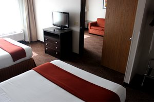Suite - Holiday Inn Express Houghton