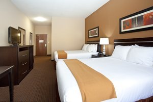 Room - Holiday Inn Express Hotel & Suites Lamar