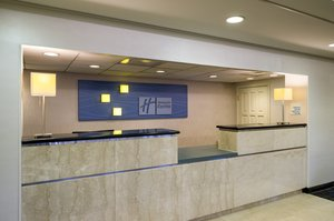 Lobby - Holiday Inn Express King of Prussia