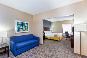 - Holiday Inn Express Hotel & Suites Westampton
