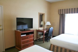 Room - Holiday Inn Express Hotel & Suites Drums