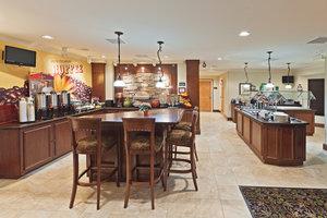 Restaurant - Staybridge Suites Wichita