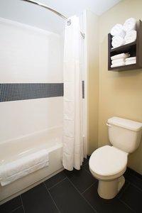 - Staybridge Inn & Suites Denver