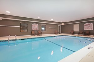 Pool - Holiday Inn Express North Attleboro