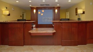 Lobby - Holiday Inn Express Hotel & Suites Edson