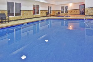 Pool - Holiday Inn Express Hotel & Suites Le Mars