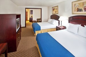 Room - Holiday Inn Express Hotel & Suites Le Mars