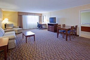 Suite - Holiday Inn Downtown Bloomington