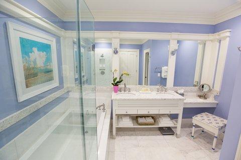 Guestroom Bathroom Full Vanity
