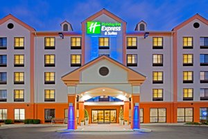 Exterior view - Holiday Inn Express Hotel & Suites Carlstadt