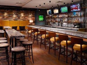 Bar - Omni Severin Hotel Indianapolis