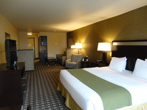 Room - Holiday Inn Express Hotel & Suites Limerick
