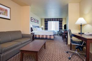 Suite - Holiday Inn Express Hotel & Suites El Dorado
