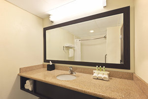 - Holiday Inn Express Hotel & Suites Colby