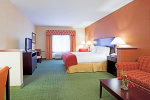 Room - Holiday Inn Express Hotel & Suites Reno