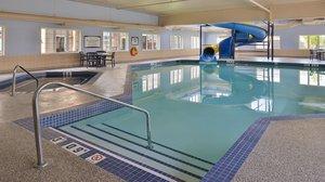 Pool - Staybridge Suites Airport Calgary