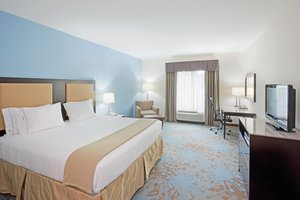 Room - Holiday Inn Express Hotel & Suites Plainville
